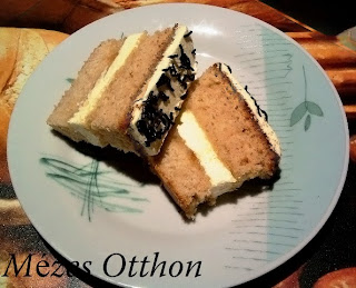 mézes szelet vanília krémmel fotó