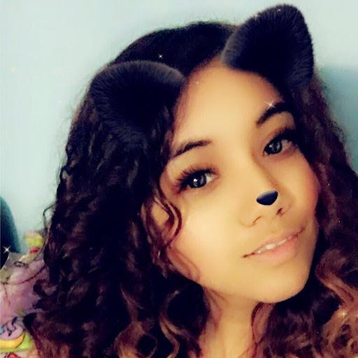 Adriana Briones