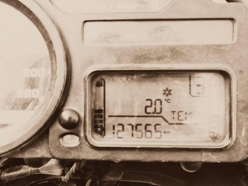 Marrocos e Mauritãnia a Queimar Pneu e Gasolina - Página 13 DSCF1500