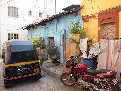 Pune India alley auto rickshaw