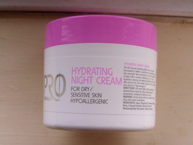 Pro Formula Hydrating Night Cream by Tesco