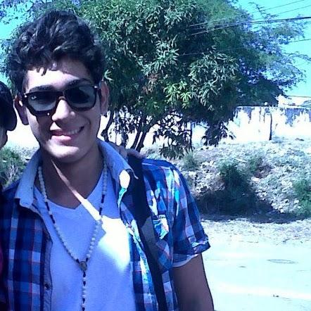 Luis Alejandro Photo 29