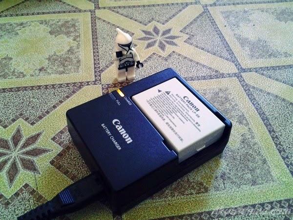 stormtroopers dan caj bateri kamera
