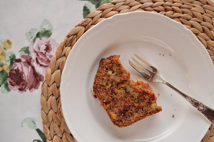 beetroot hazelnut walnut cake