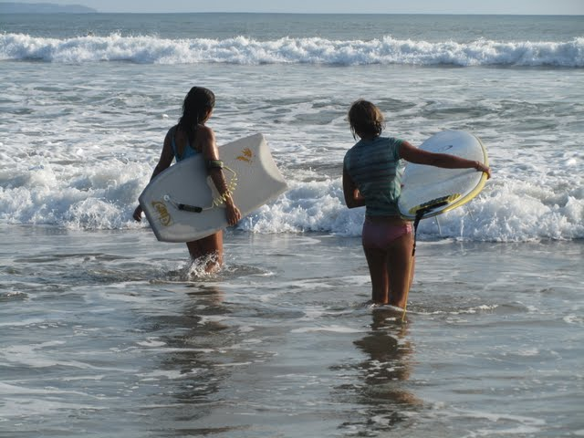 learning to surf in Kuta