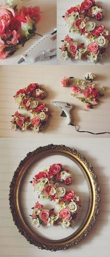 Decoración con letras y flores