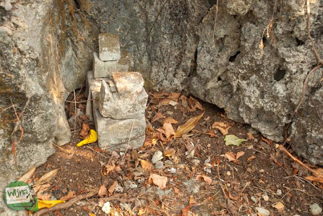 makam keramat makhluk halus setan penunggu bukit di Pantai Indrayanti Gunungkidul