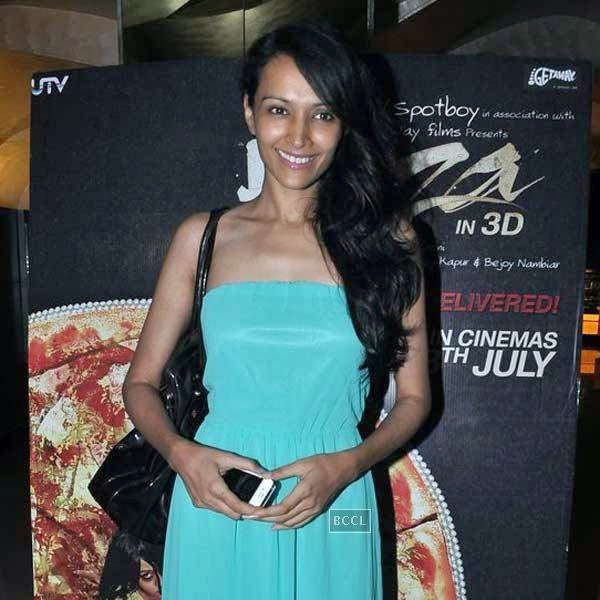 Dipannita Sharma poses as she arrives for the premiere of Bollywood movie Pizza, held at PVR in Mumbai, on July 17, 2014.(Pic: Viral Bhayani)