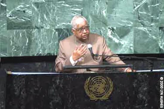 Thiền Sư Goenka diễn thuyết tại Hội Nghị Thượng Đỉnh về hòa bình tại Liên Hiệp Quốc