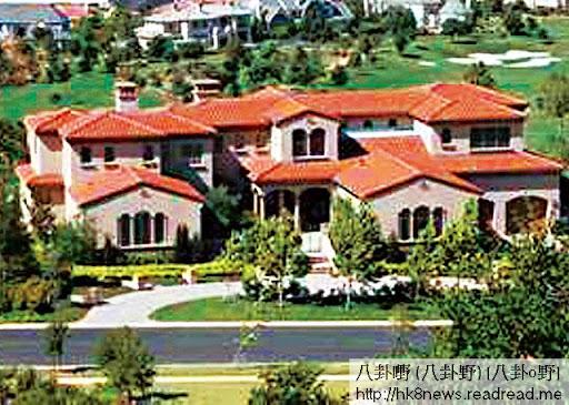 Ruby Hill <br><br>11年 3月,有傳二人婚姻告急,黎明即時箍煲送贈位於三藩市 Ruby Hill價值四千萬港幣,共一萬二千呎的大屋給樂基兒一家居住。