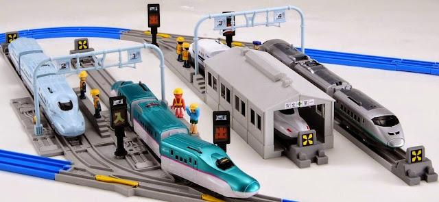 Bộ đường ray và sân ga tàu hỏa Rail Yard And Rail Set