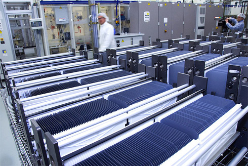 Perfect Storm Brewing For Troubled Us Solar Manufacturers Image