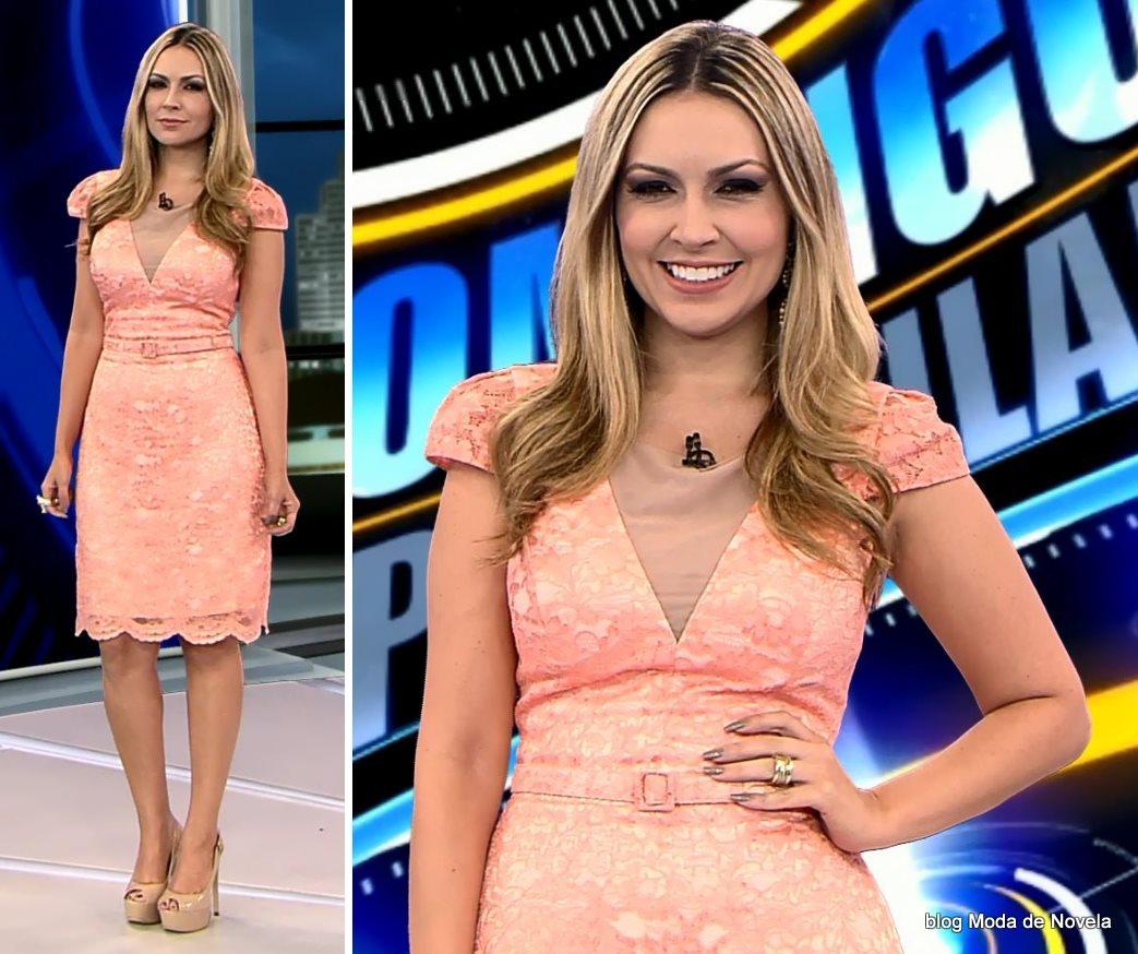 moda do programa Domingo Espetacular - look da Thalita Oliveira dia 19 de outubro
