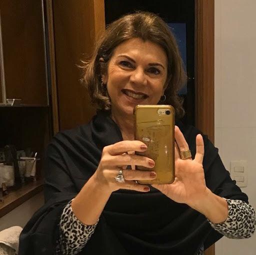 Leila Pereira Photo 6