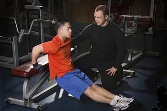 fat burning workouts for men at the gym
