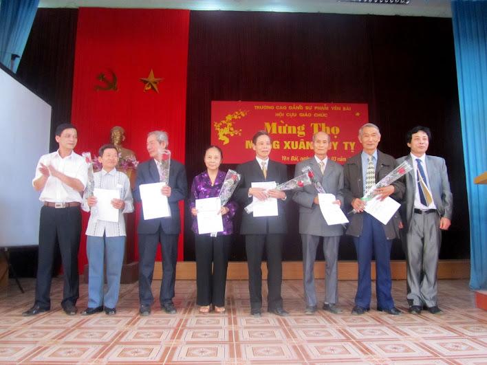 Hội cựu giáo chức Trường Cao đẳng Sư phạm Yên Bái tổ chức Lễ mừng thọ, mừng xuân Quý Tị 2013
