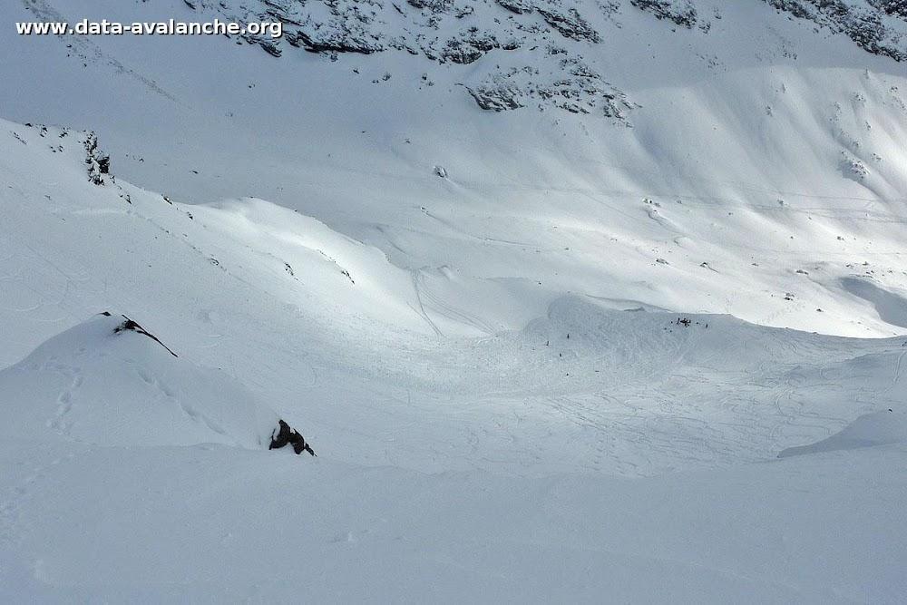 Avalanche Vanoise, secteur Pointe du Bouchet, Descente vers le Bouchet depuis le sommet du Grand Fond - Photo 1