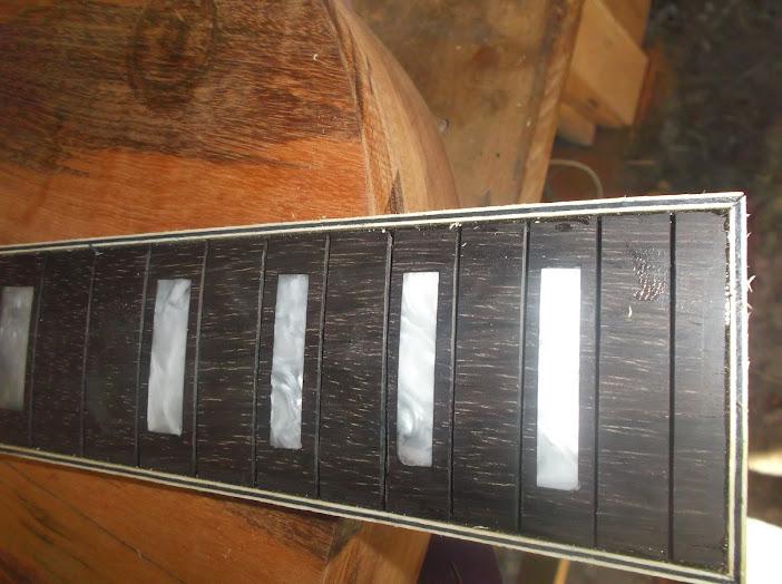 Construção inspirada Les Paul Custom, meu 1º projeto com braço colado (finalizado e com áudio) - Página 2 DSCF1103