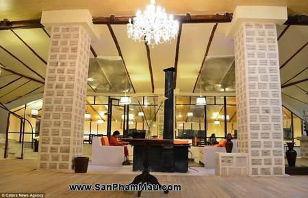 Nội thất gỗ : Khách sạn được xây dựng hoàn toàn từ muối-8
