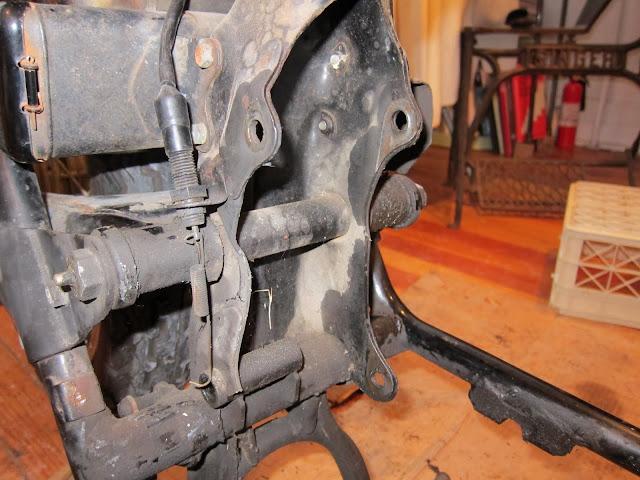 cb frame broken  engine mount rear plate