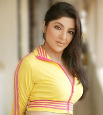Bengali Film Actress Locket Chatterjee Related News & Photos