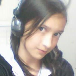 Jennifer Velasquez Photo 22