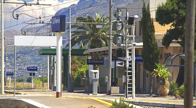 Sizilien - Der Bahnhof von Santa Flavia