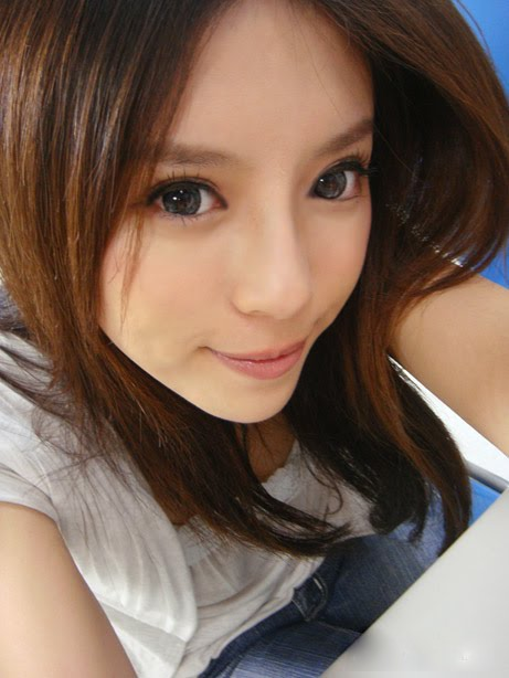 Asian Girls Photos: Chinese Hot Babe Feng Jing Yin