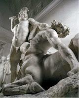 Θησέας γιος του Θεού Ποσειδώνα και της Αίθρας, ημίθεος ήρωας και βασιλιάς της Αθήνας, τόλμη και ανδρεία, σύντροφος Αριάδνης.