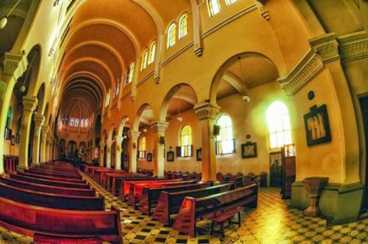 1365557357 ve dep nha tho con ga  12  001 Tuyệt đẹp kiến trúc nhà thờ Domaine de Marie