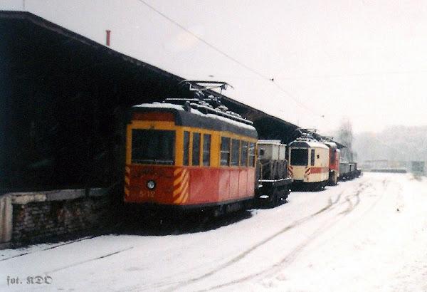 Zdjęcie z 14.12.1996, wykonane na terenie Zakładu Energetyki Trakcyjnej i Torów Tramwajó Warszawskich