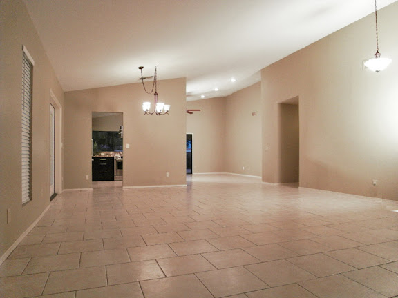 Sun Lakes AZ Real Estate beautifully tiled living and formal dining rooms