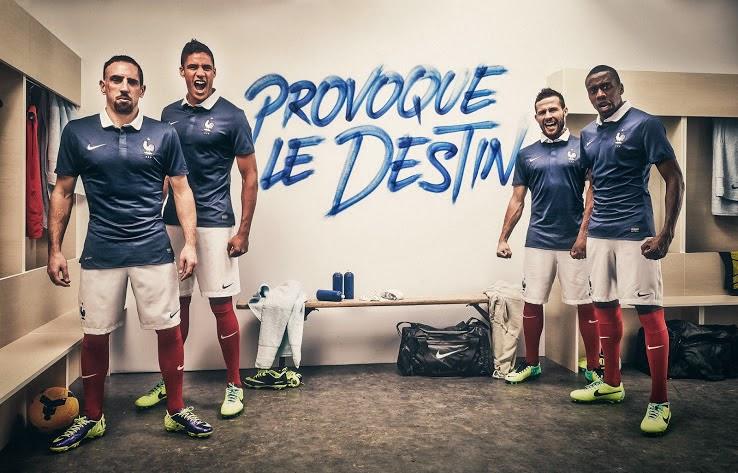 áo bóng đá đội tuyển pháp sân nhà
