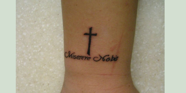 cool wrist tattoo ideas