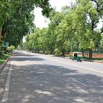 Une grande rue de New Delhi