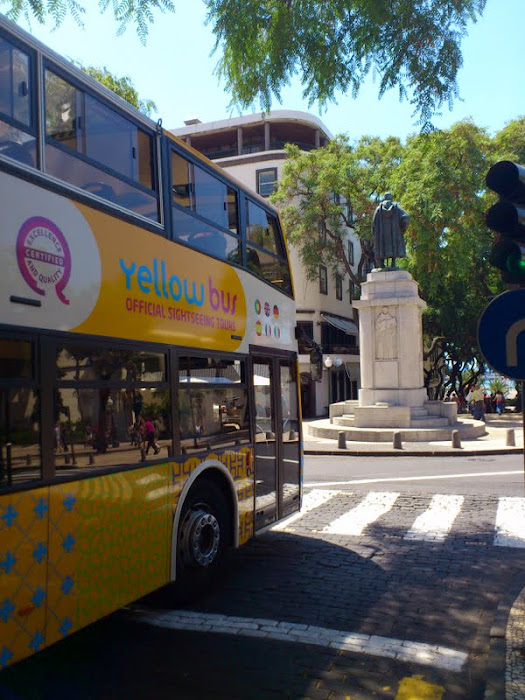 yellow bus to see Funchal without tiring