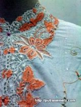 Kebaya Cotton Bintik Or