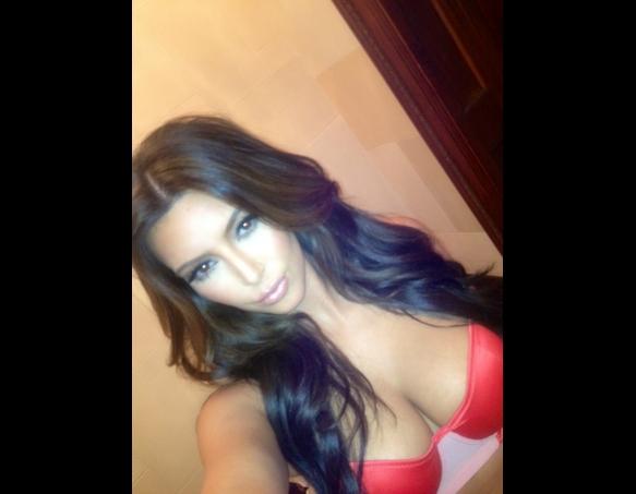 kim kardashian hot photos