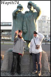 Un tour  d'Islande, au pays du feu... et des eaux. - Page 4 87-Reykjavik