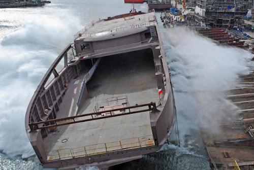Stocznia Remontowa zwodowała kolejny statek zasilany ekologicznym LNG (skroplonym gazem ziemnym)