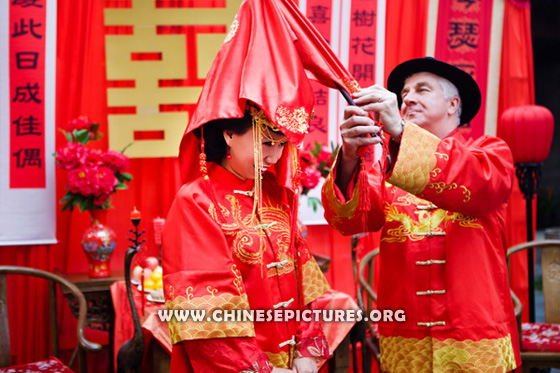Wedding Between Chinese and Westerner 2