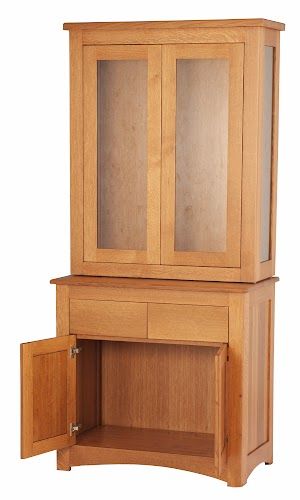 34″ x 18″ x 78″ Custom China Cabinet in Cinnamon Quarter Sawn Oak