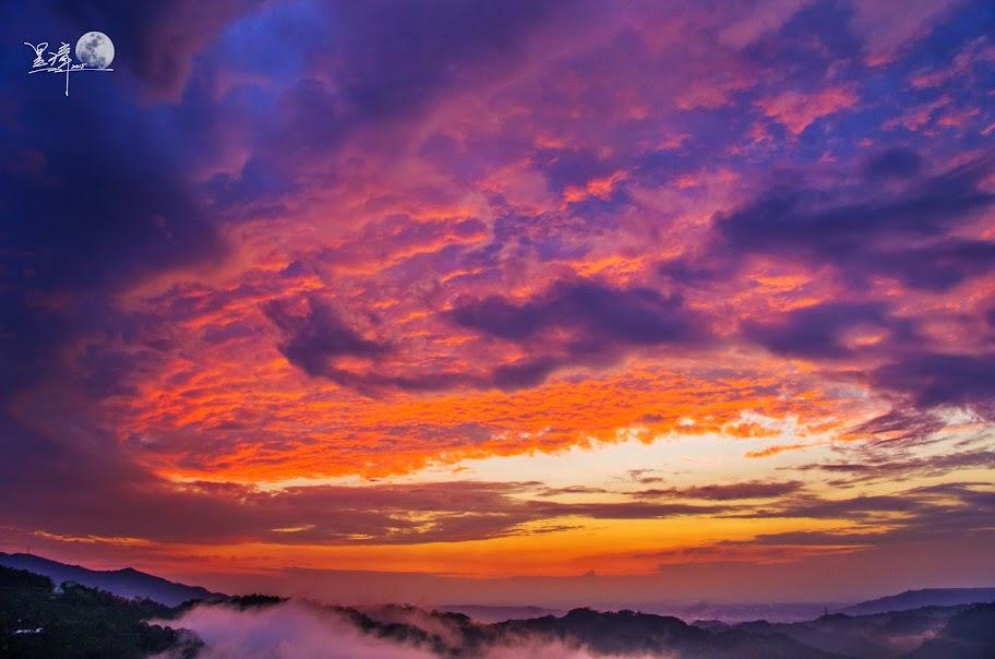偶遇的鹿谷夕照火燒雲