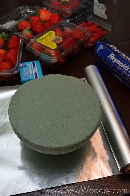Tabletop Berry Ornament + Fruit Platter