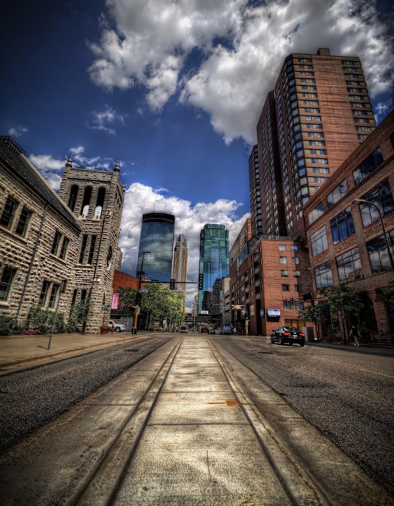 Street view of Minneapolis Skyscrapers