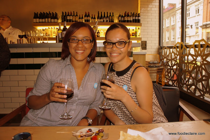 Chanelle and I at Giraffe before the Qype Flatbread event