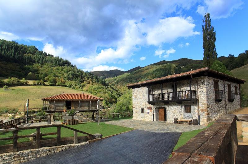 casona_castañíu_Aller_Asturias