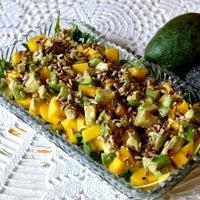 sałatka z mango i avocado
