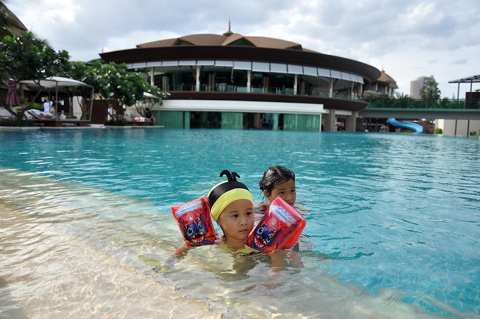 659 SpringField Sea Resort and Spa