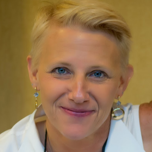 Christine Carr